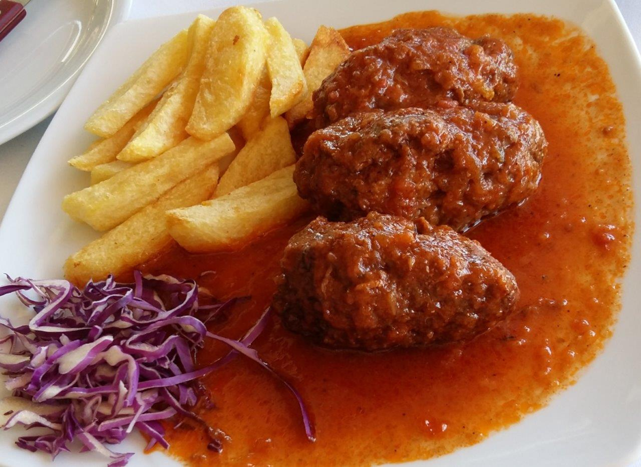 Greek meat dish, soutzoukakia