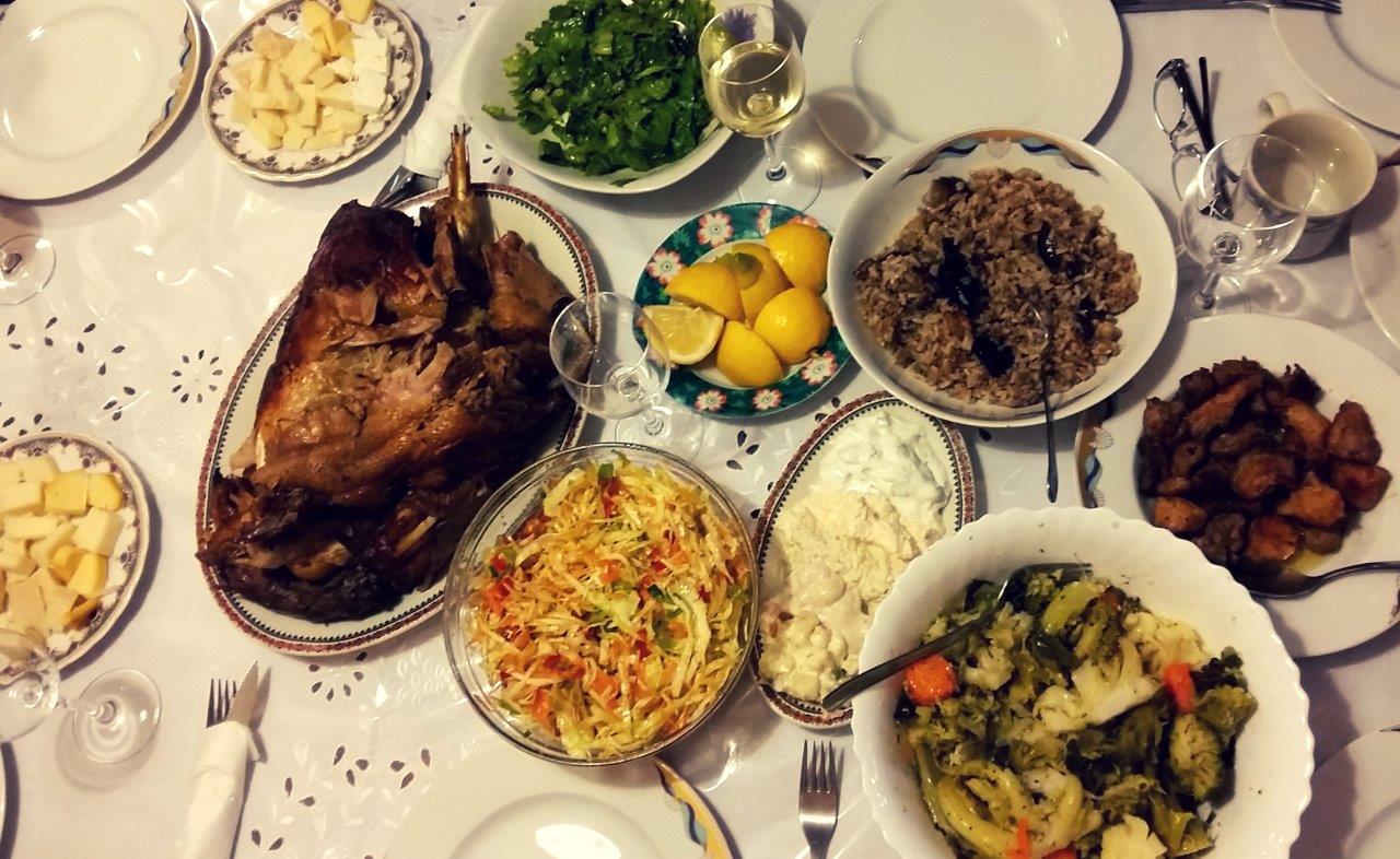 Food in Greece - a Greek meal