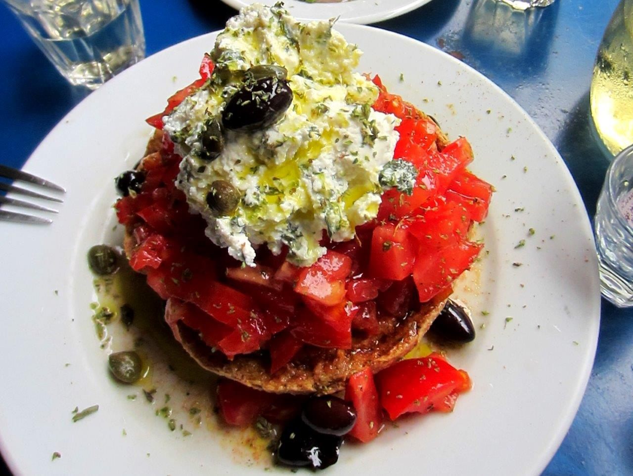 Greek food - Dakos salad