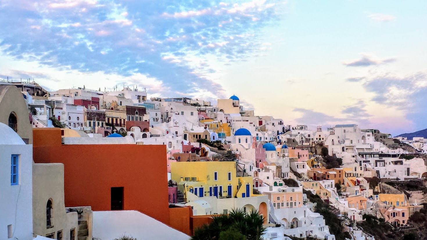 Things to avoid in Santorini - Don't take photos in people's homes