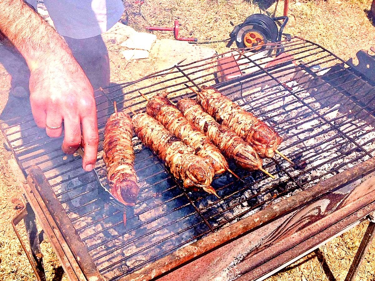 Greek Easter traditions food