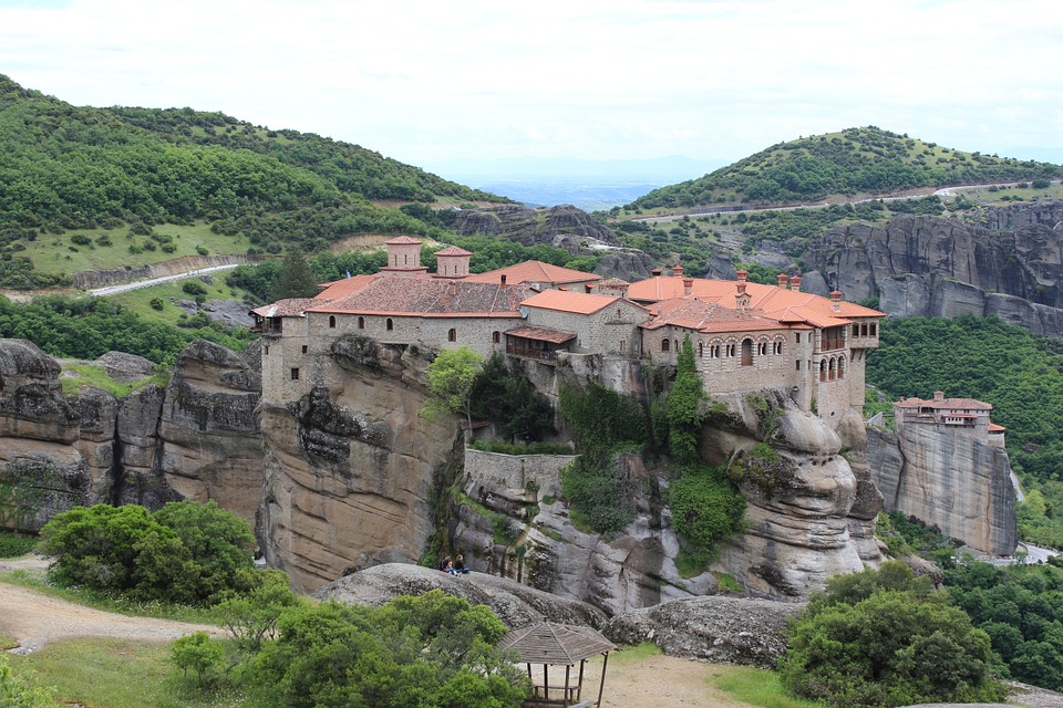 Greece tourist attractions - UNESCO monument Meteora
