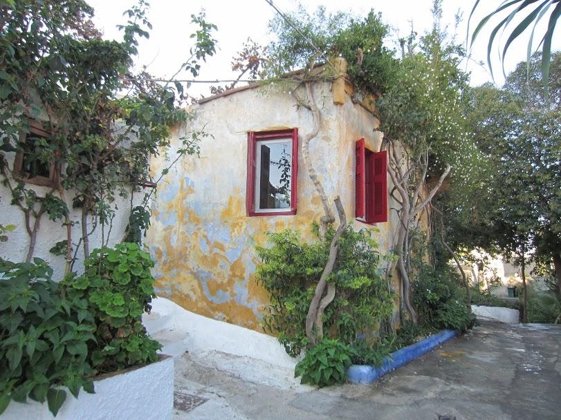 Visit Anafiotika in Athens