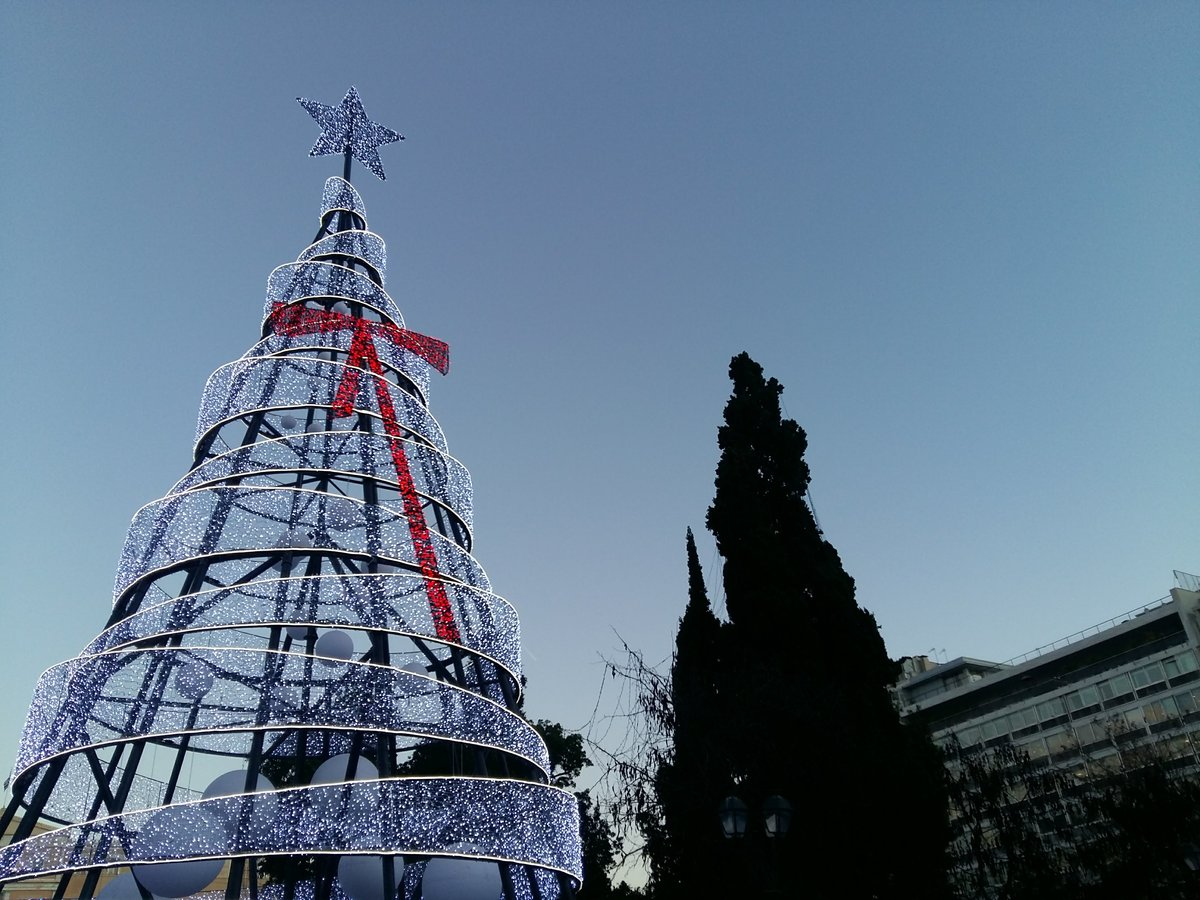 Best time to go to Athens - Christmas tree