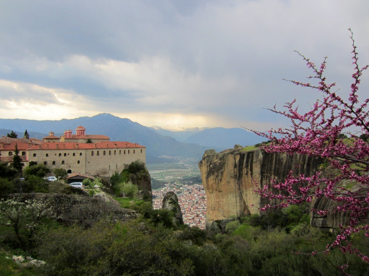 Amazing Greek monasteries Meteora