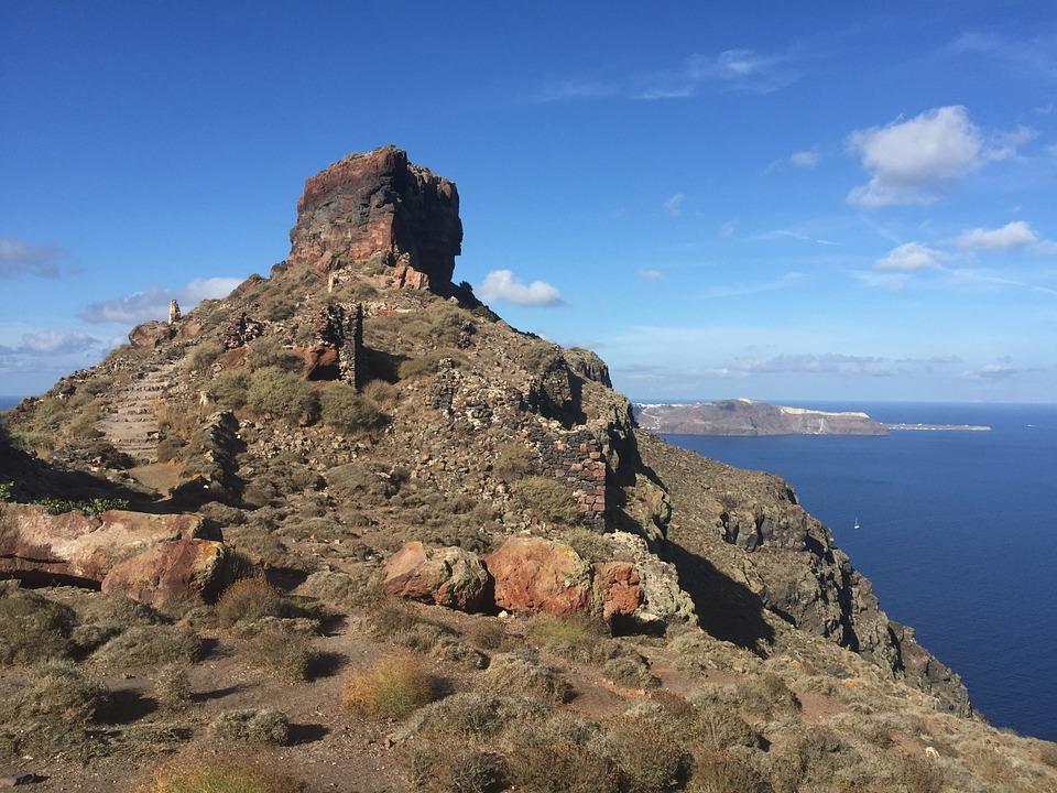 How many days in Santorini - Skaros rock