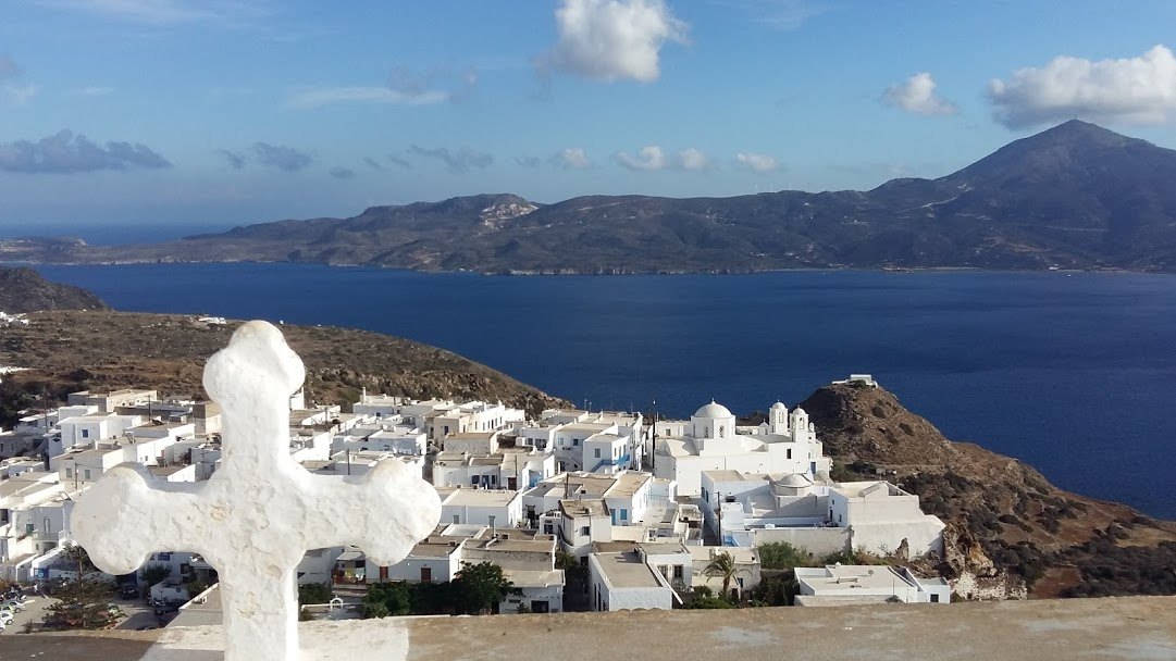 Island hopping in Greece on a budget - Milos