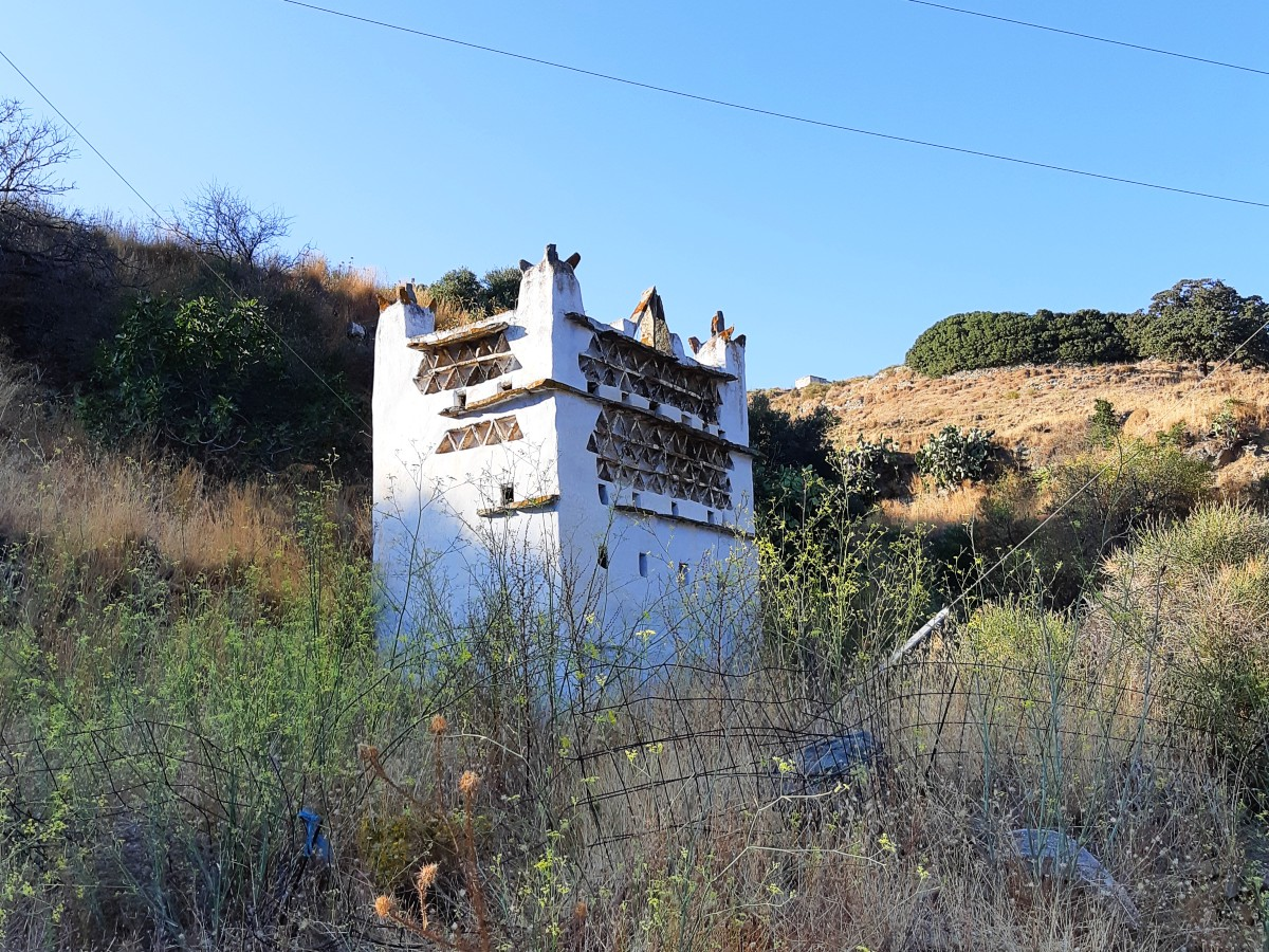 The dovecotes are among the best attractions in Tinos