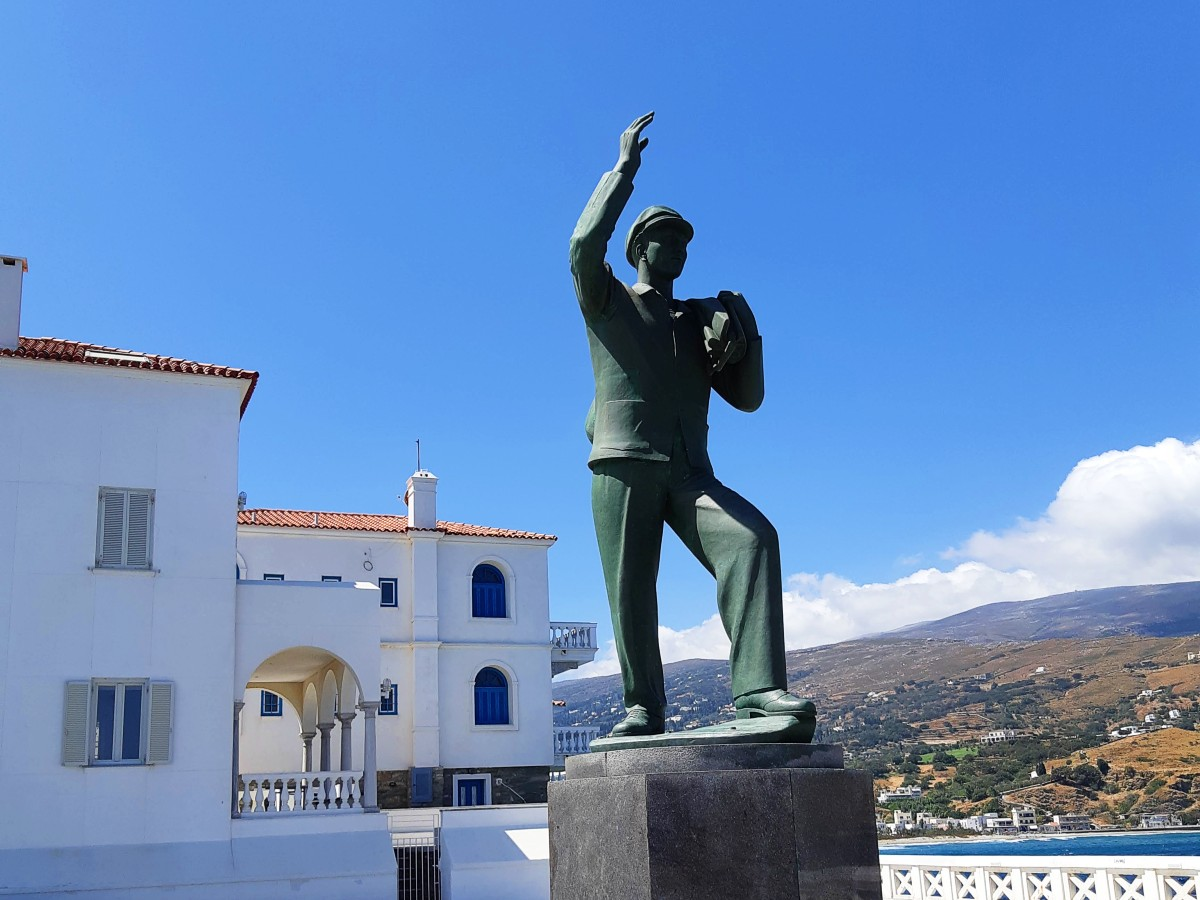 Statue of the unknown sailor in Andros
