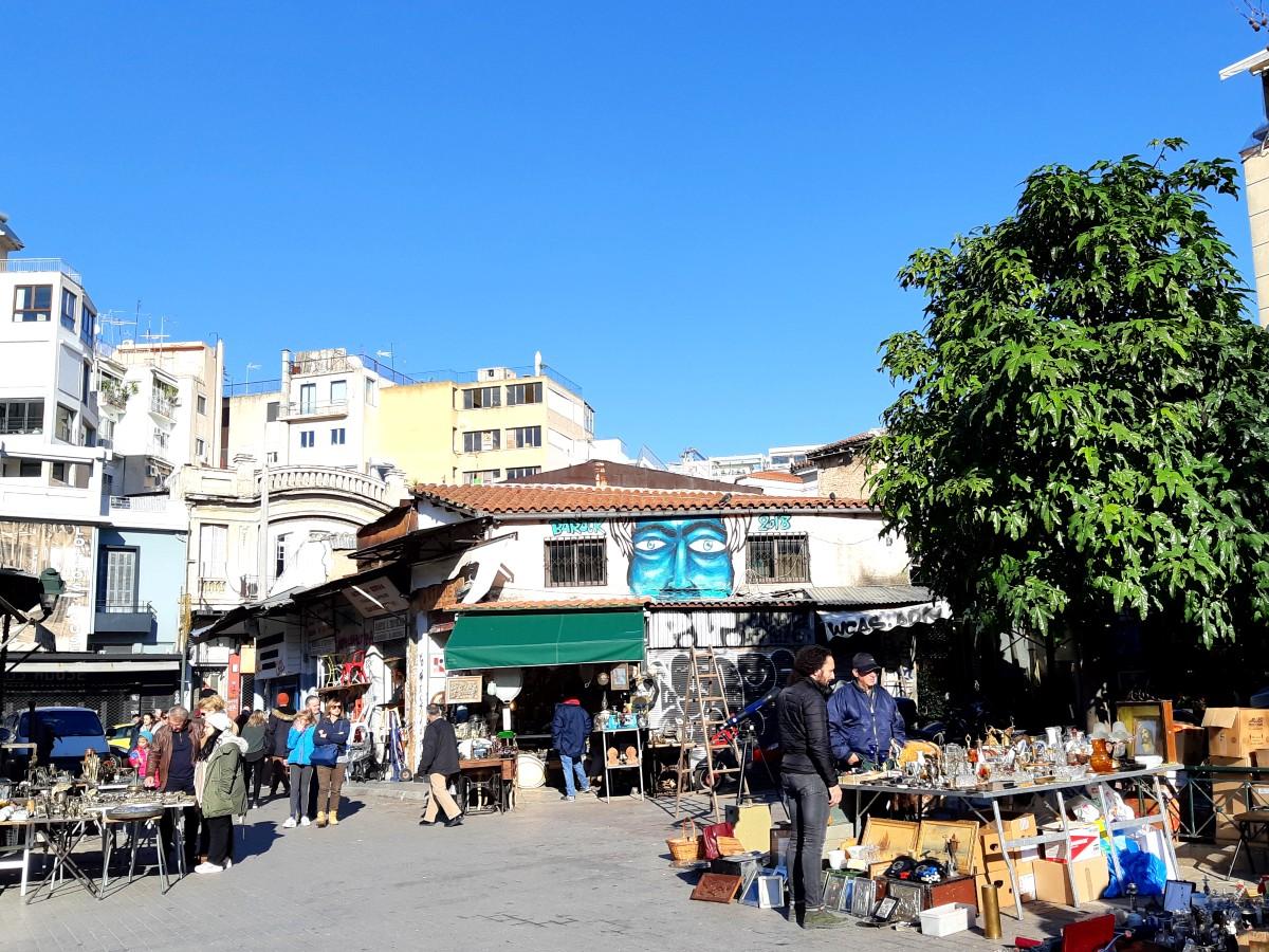 Antiques market Monastiraki - Sunday market Athens