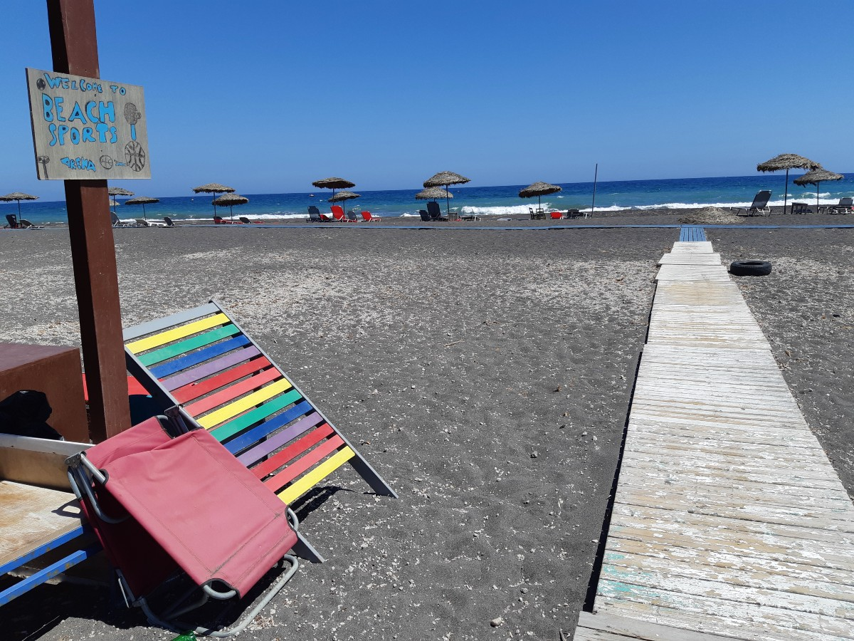 Monolithos beach in Santorini is ideal for watersports