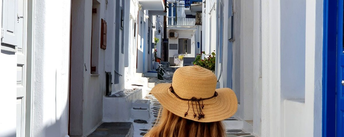 Walking around Chora Mykonos