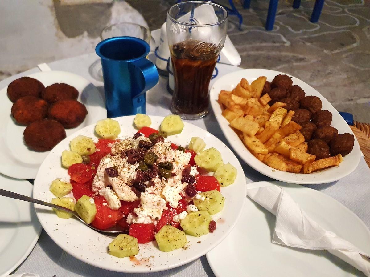 Enjoy delicious food in Kimolos Greece
