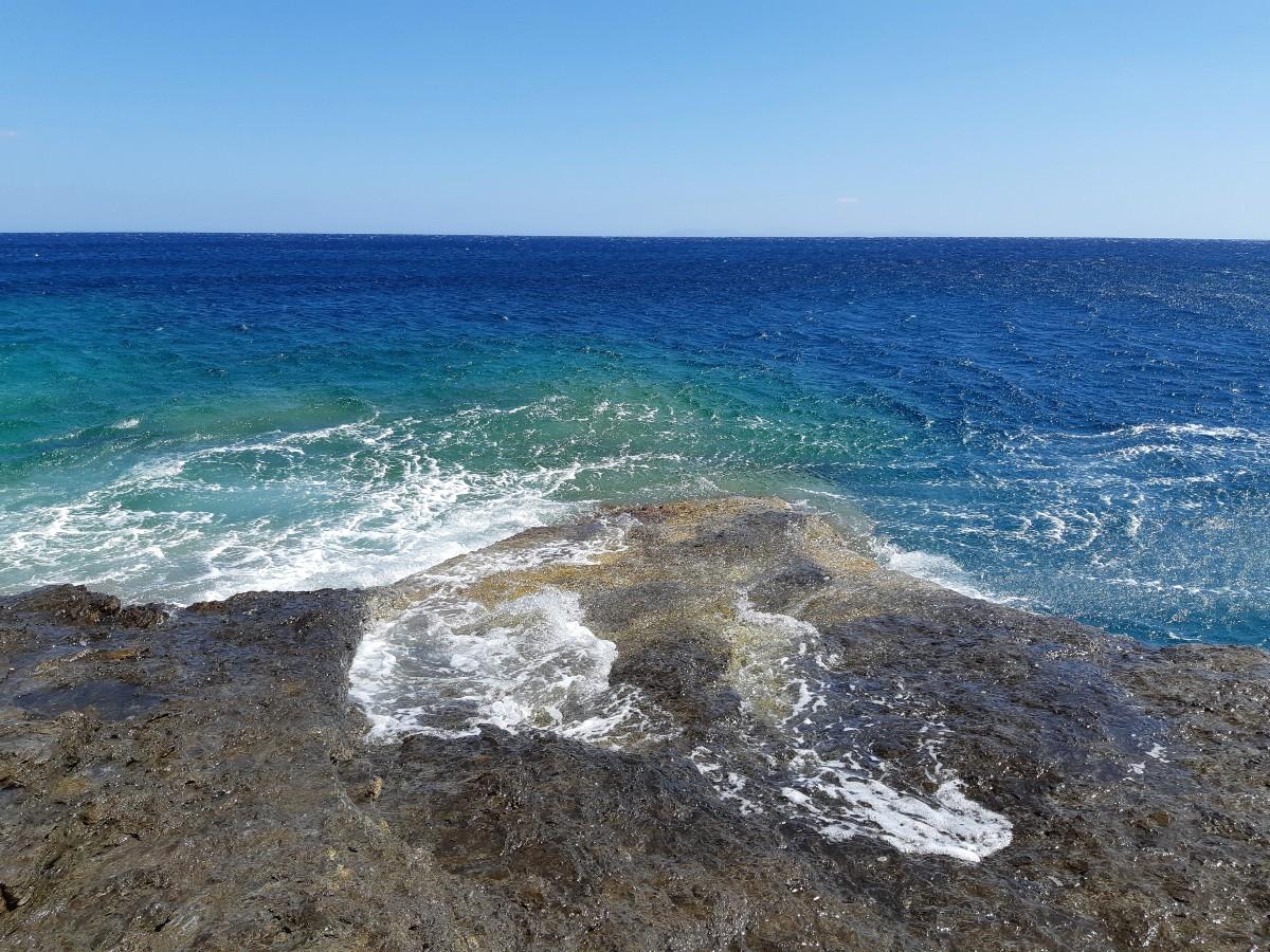 Islands near Santorini - Sikinos