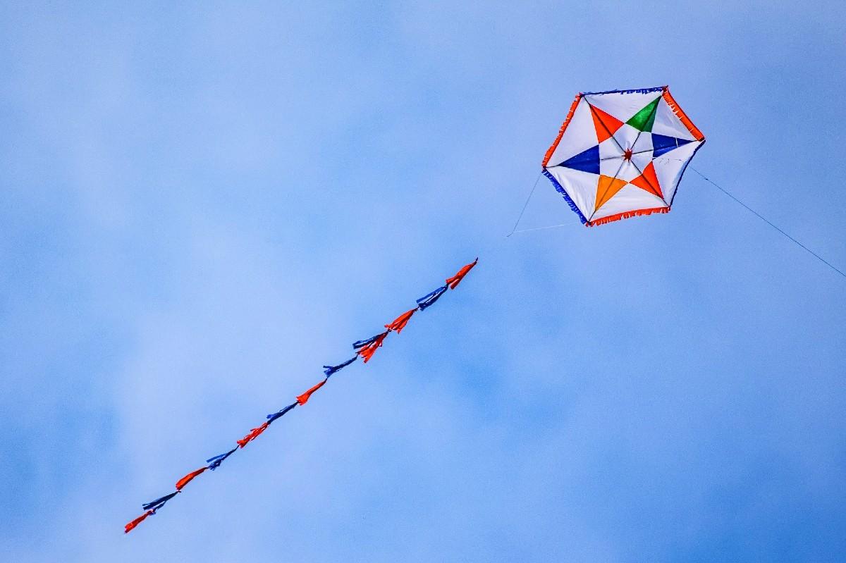 Flying a kite on Kathara Deftera