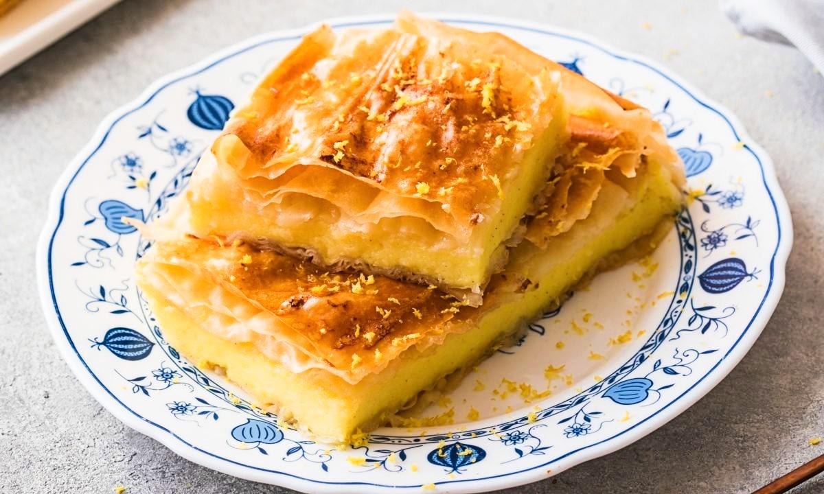 Popular Greek desserts - Bougatsa