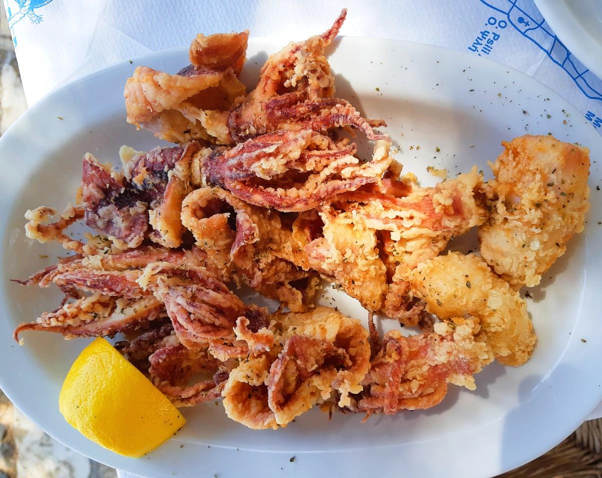 Food of Greece - Fried calamari