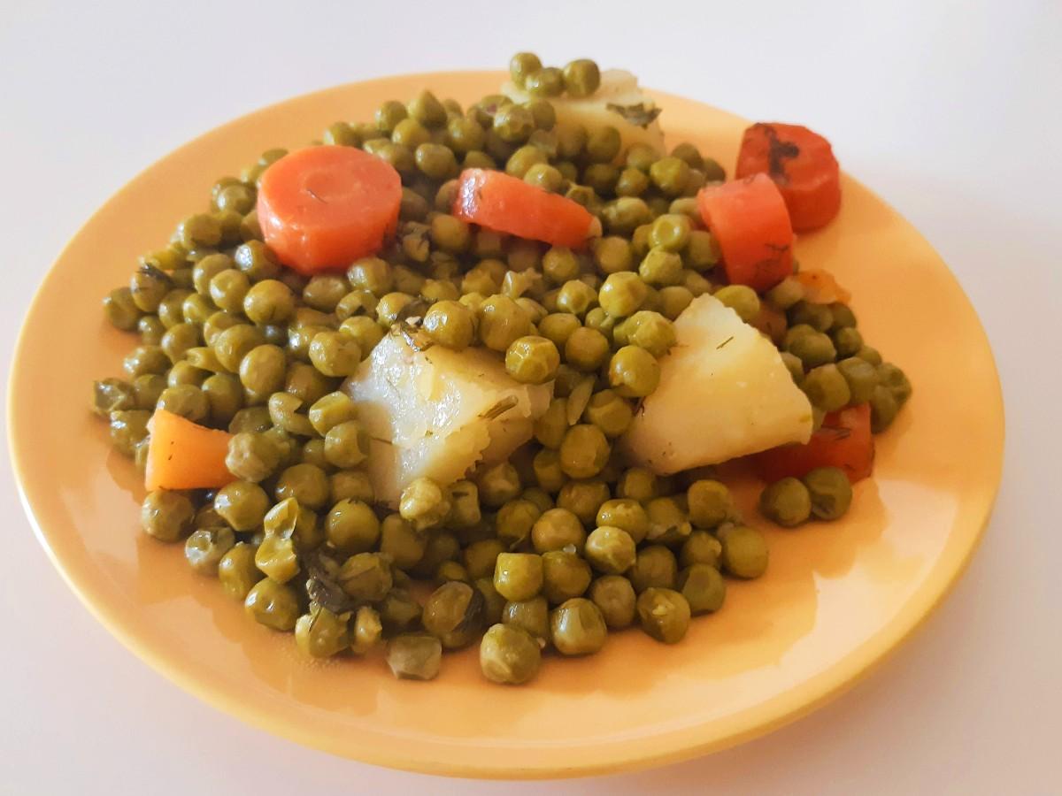 Peas traditional Greek cuisine