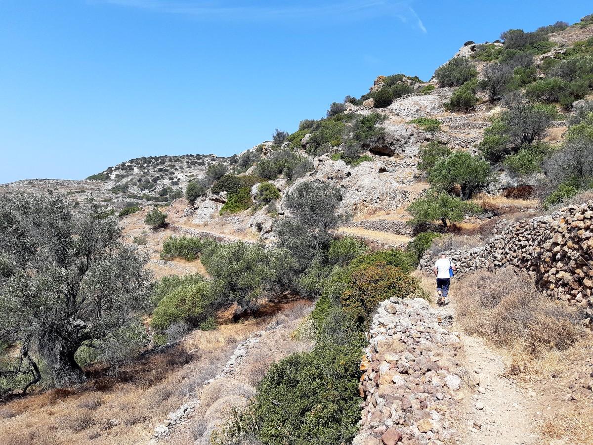 Hiking in Kimolos Greece
