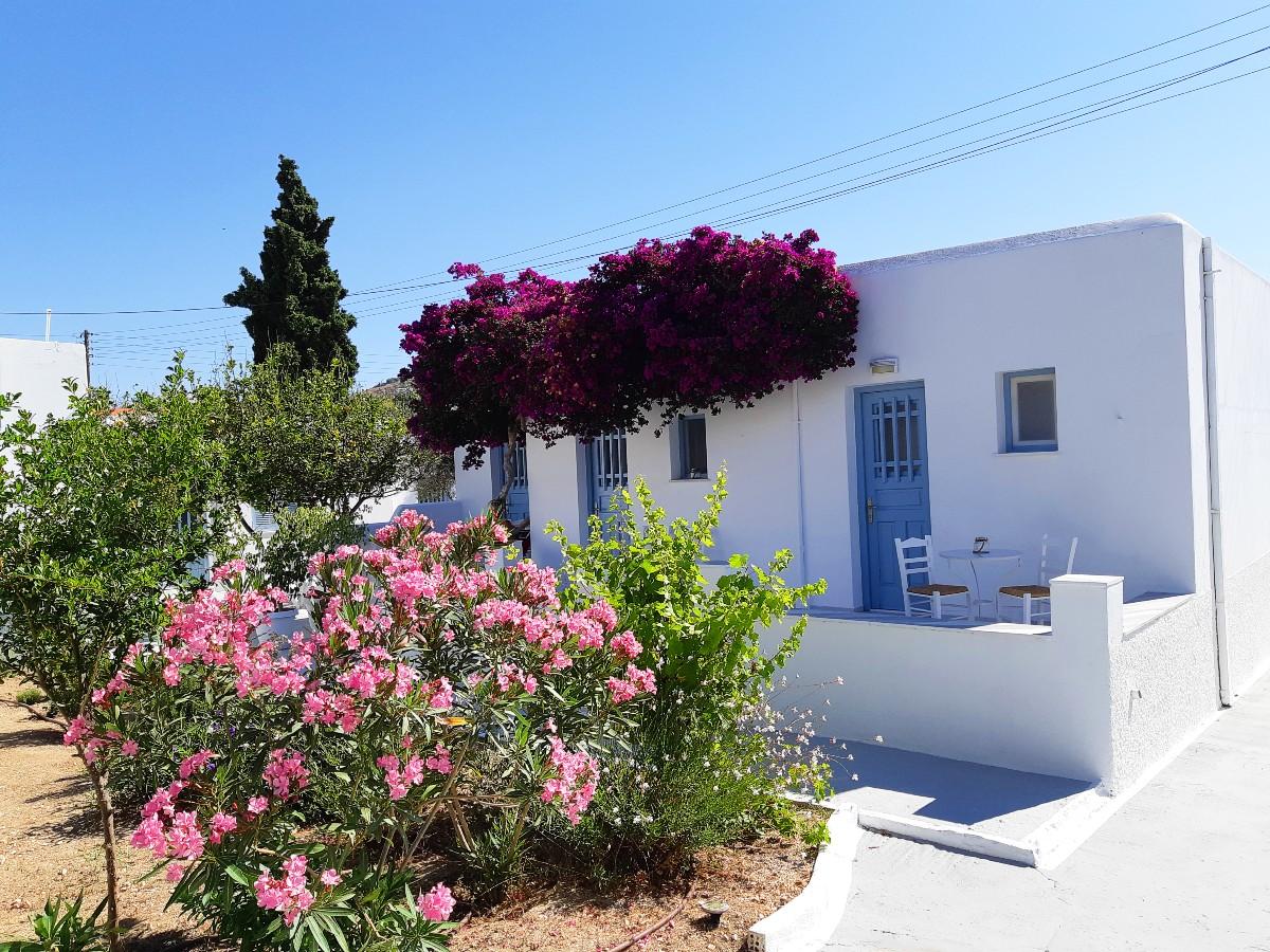 Yiannis Studios in Paros Greece