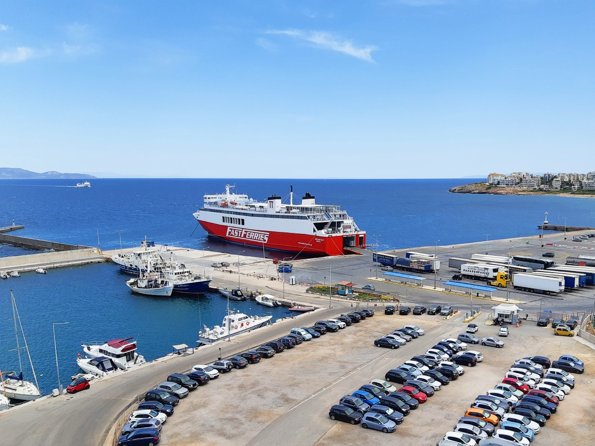 Rules for Greek ferry travel summer 2021