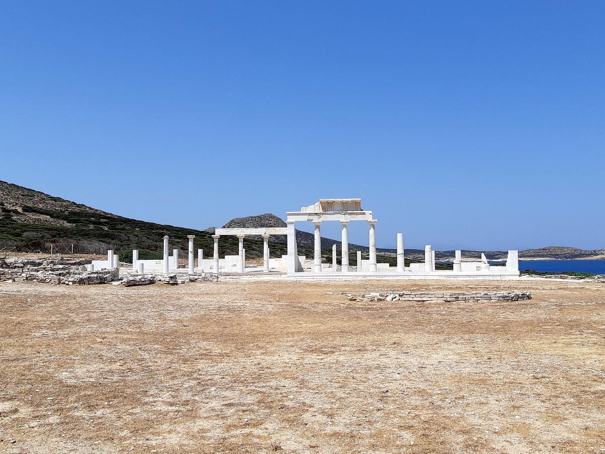 Despotiko ancient site and sanctuary of Apollo