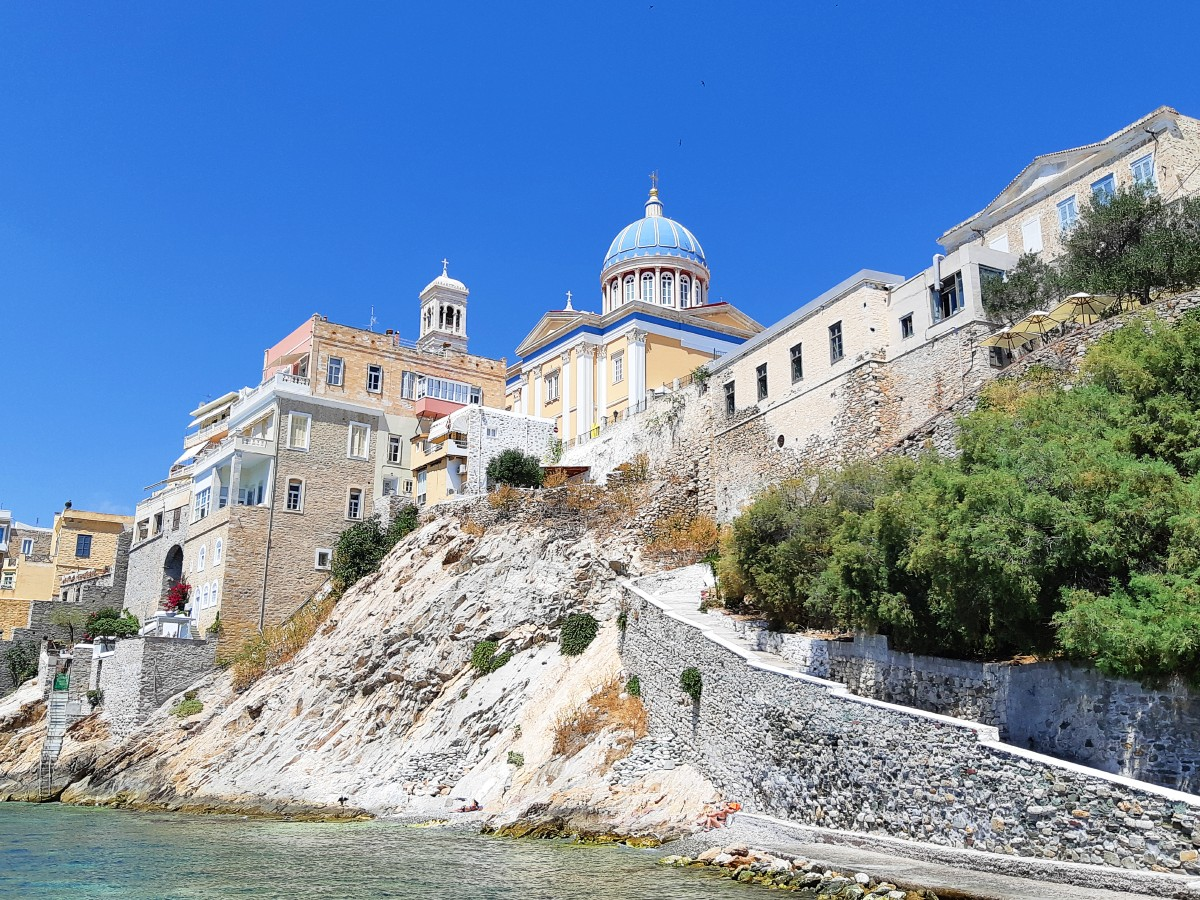 The capital of Syros island