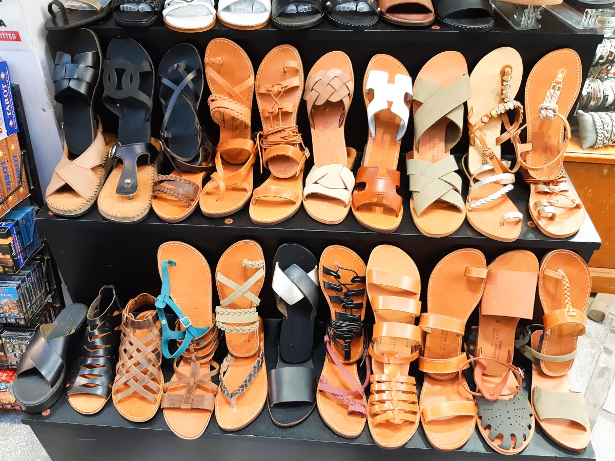 Greek leather sandals are excellent presents